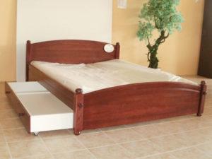 Keményfakeretes ágyak